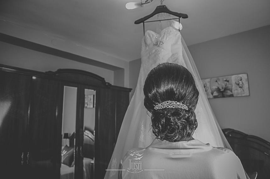 Boda en Talarrubias fotografias peinado recogido traje novia