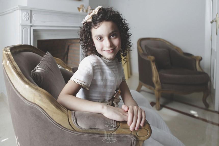 fotos profesionales de comunion niña en domicilio propio