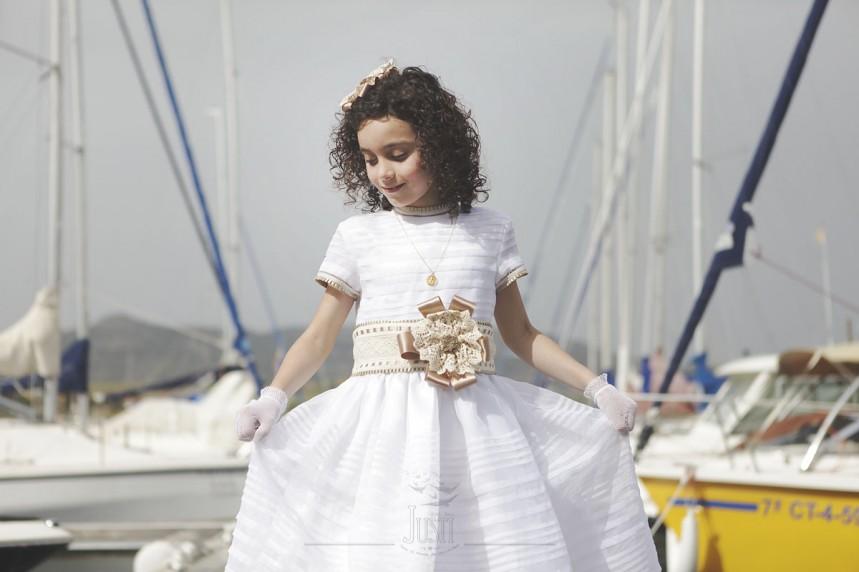 fotos profesionales de comunion niña orellana la vieja embarcadero barcos