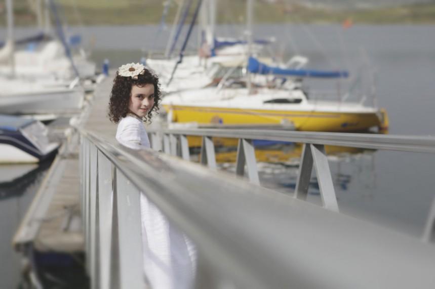 fotos profesionales de comunion niña orellana la vieja embarcadero barcos sd