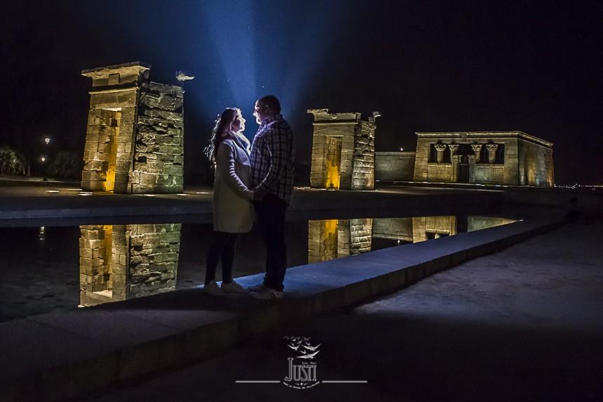 fotos pareja templo debod Madrid (2)