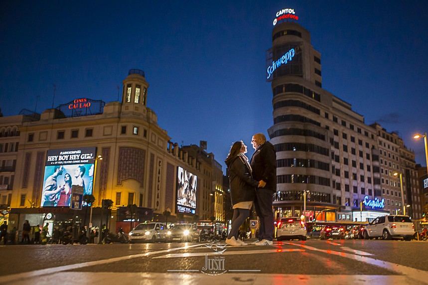 fotos preboda gran via Madrid (3)