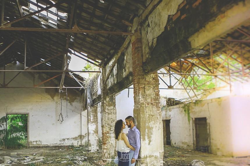 fotos pareja reportaje en casa en ruinas (2)
