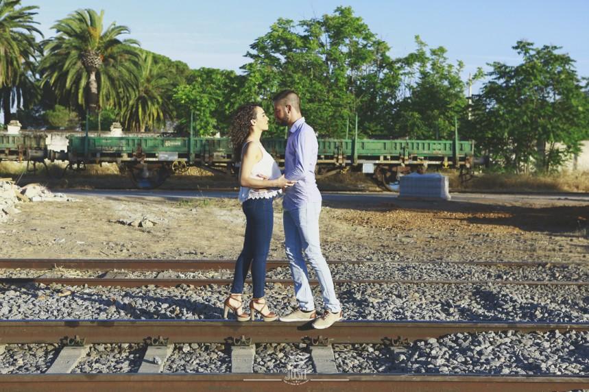 fotos preboda en vias del tren estacion ferrocarril guareña