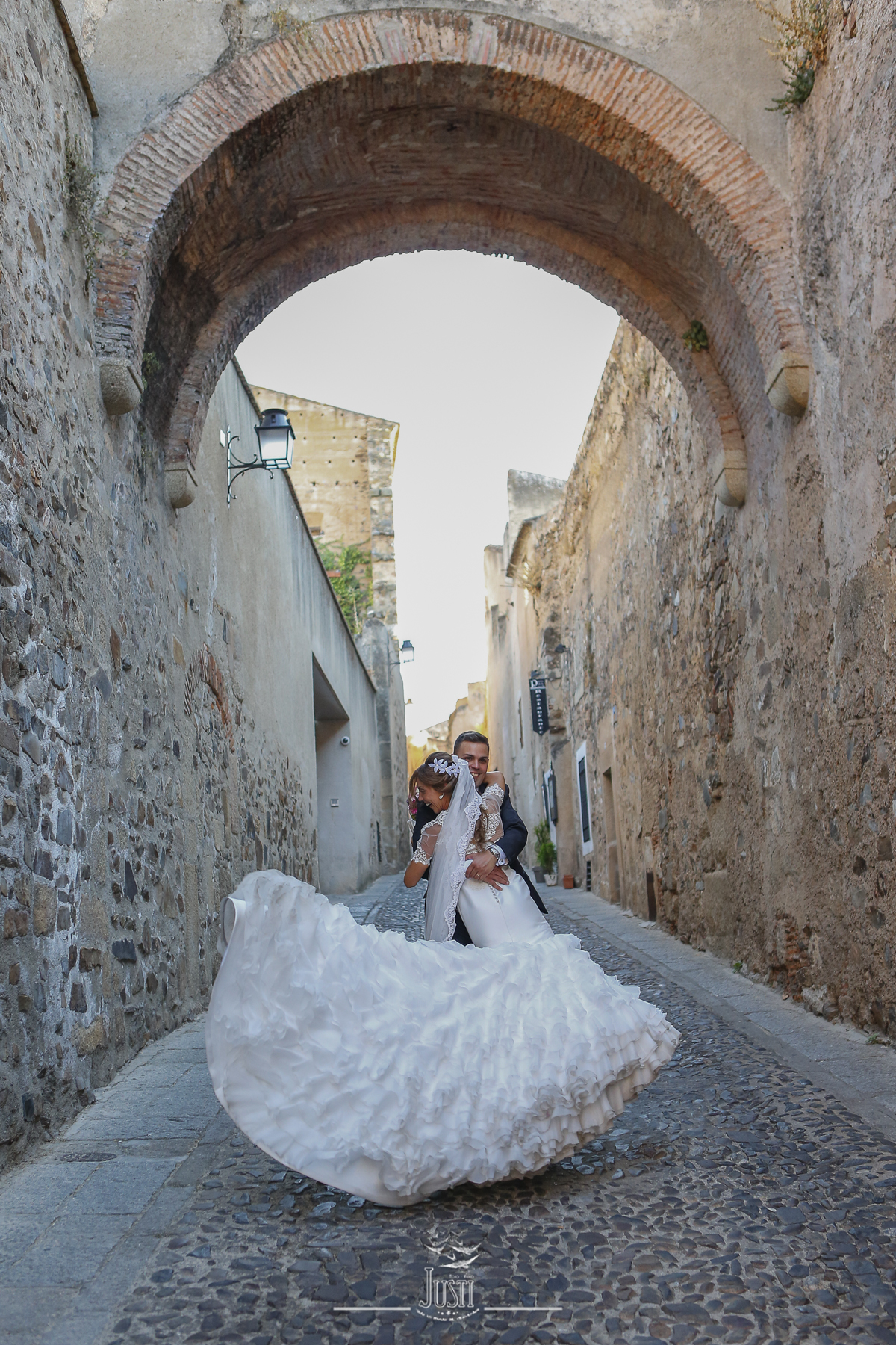 foto boda arco trajano caceres