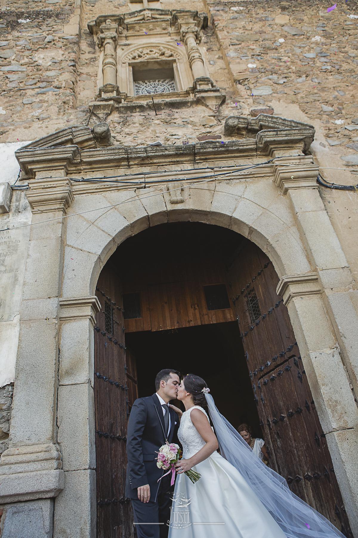 foto-video-justi-boda-en-orellana-la-vieja-las-granadas-coronadas-55-de-65