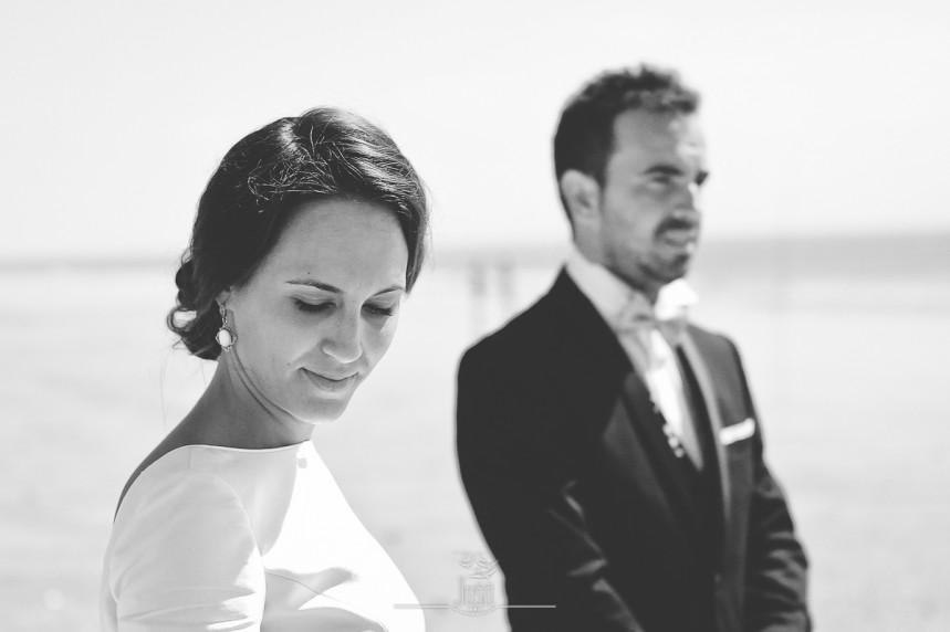 fotografias-profesionales-post-boda-en-el-rocio-y-la-playa-10-de-23