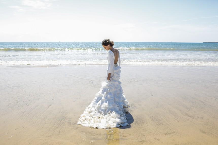 fotografias-profesionales-post-boda-en-el-rocio-y-la-playa-12-de-23