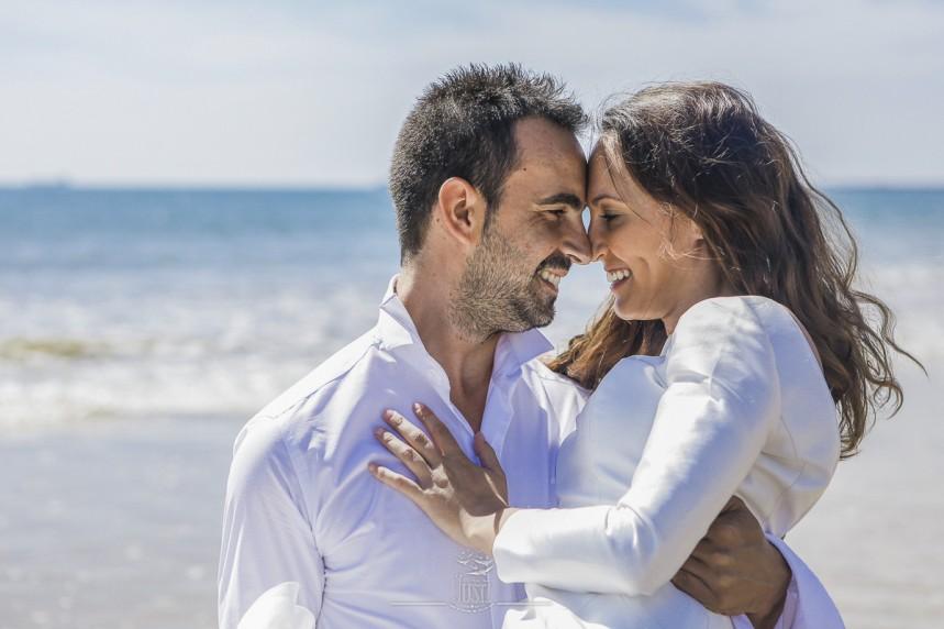 fotografias-profesionales-post-boda-en-el-rocio-y-la-playa-13-de-23