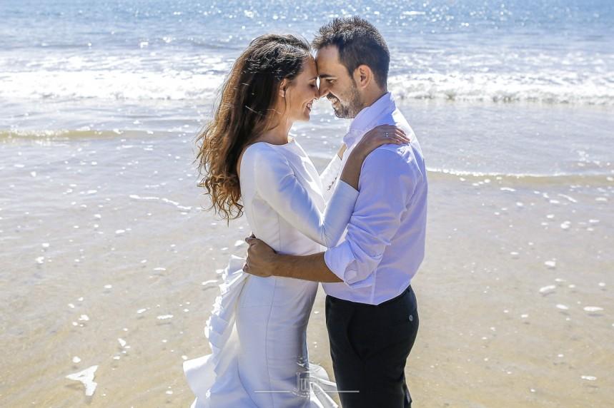 fotografias-profesionales-post-boda-en-el-rocio-y-la-playa-17-de-23