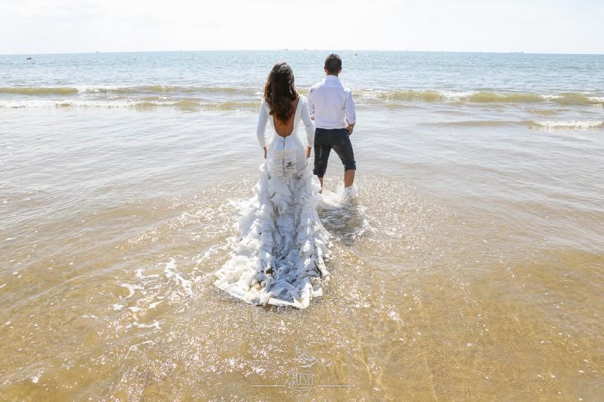 fotografias-profesionales-post-boda-en-el-rocio-y-la-playa-20-de-23