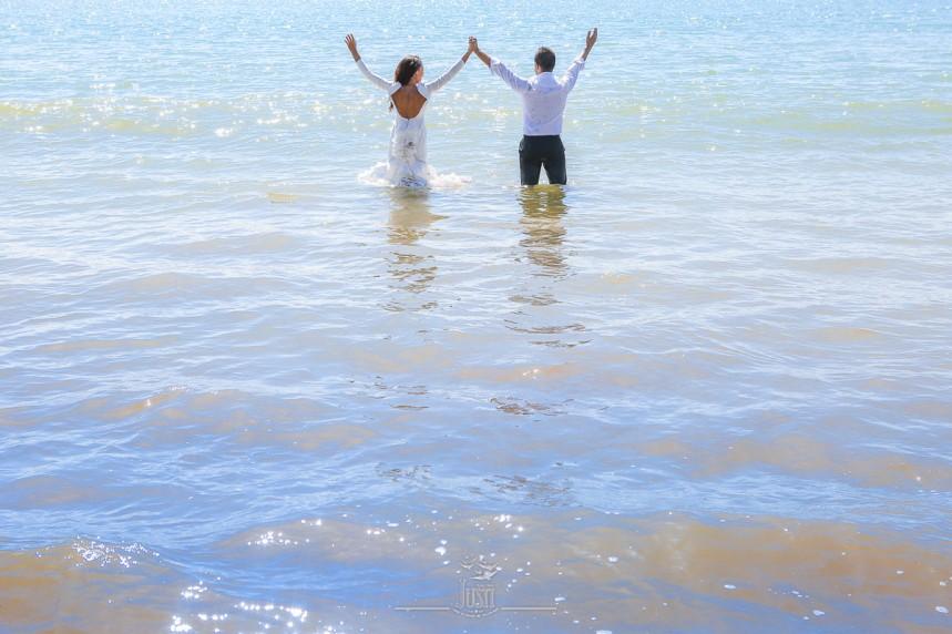 fotografias-profesionales-post-boda-en-el-rocio-y-la-playa-21-de-23