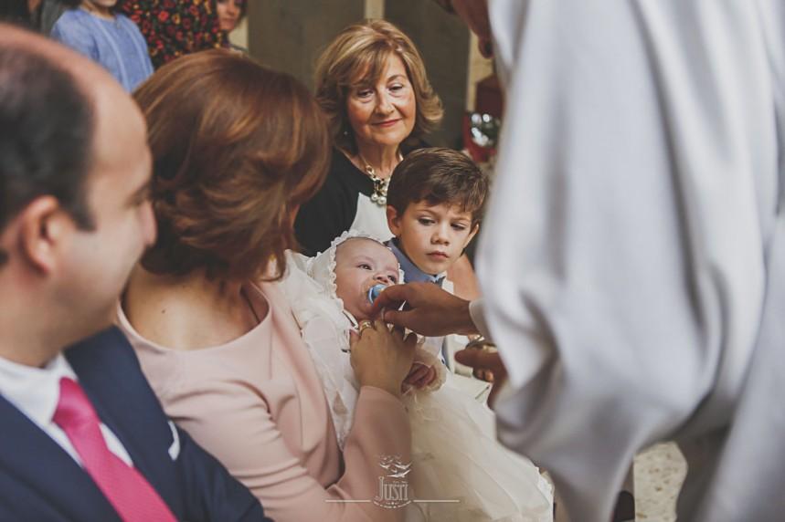 fotografias-de-bautizo-en-almendralejo-foto-video-justi-reportaje-bautismo-37