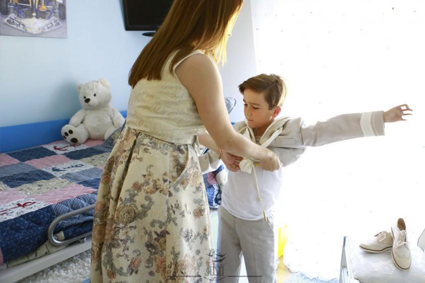 Alvaro - fotos de comunion en casa - fotografos extremadura - foto video justi (3)