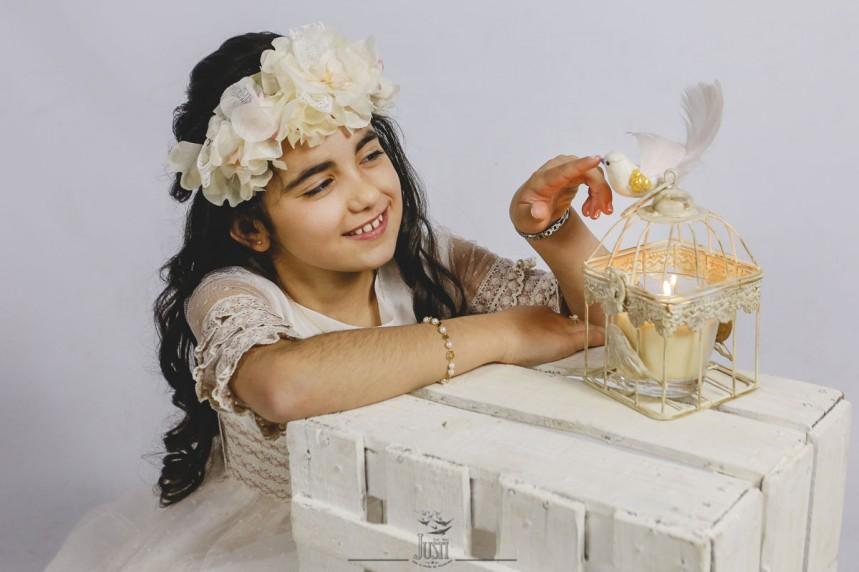 Yakira - fotografias comunion en estudio y exterior - fotografos badajoz y caceres - foto video justi (3)